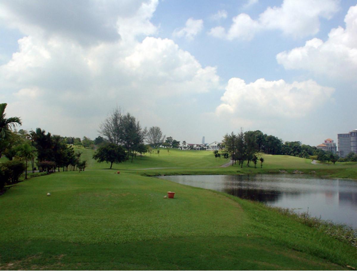 スルタン・アブドゥル・アジズ・シャー・ゴルフ マレーシアゴルフ場 クアラルンプール